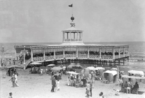 La playa Malvarosa de Valencia en el siglo diecinueve